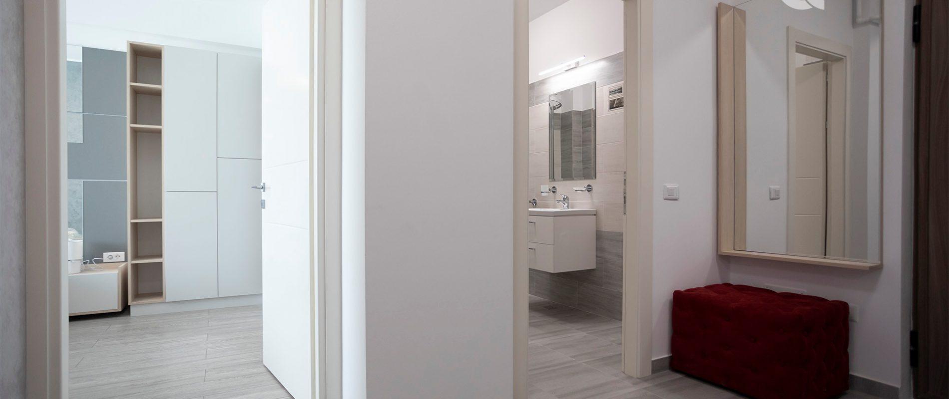 q-residence.ro-apartament-cu-doua-camere-hol-03